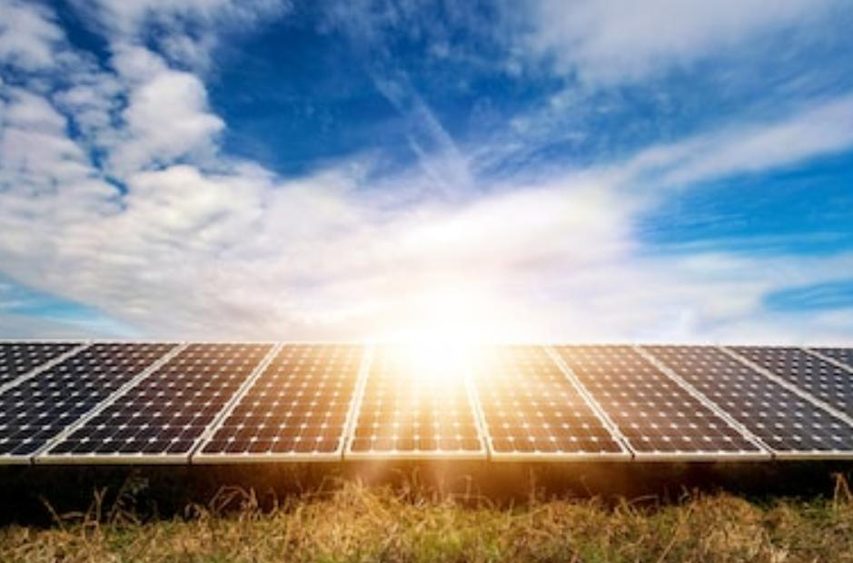 Cómo se almacena la energía solar fotovoltaica - Atersa.shop