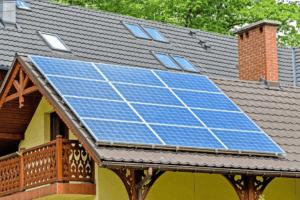 reduce las facturas energéticas con placas solares - atersa.shop