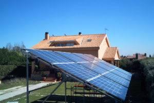 ¿Puedo ampliar mi instalación fotovoltaica aislada?
