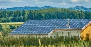 ¿Por qué debería instalar placas solares en casa?